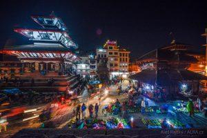 Nepál - Káthmándú - náměstí Durbar a jeho pagody