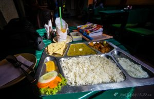 Dal Bhat - Nepálský národní pokrm, který jedí 2xdenně
